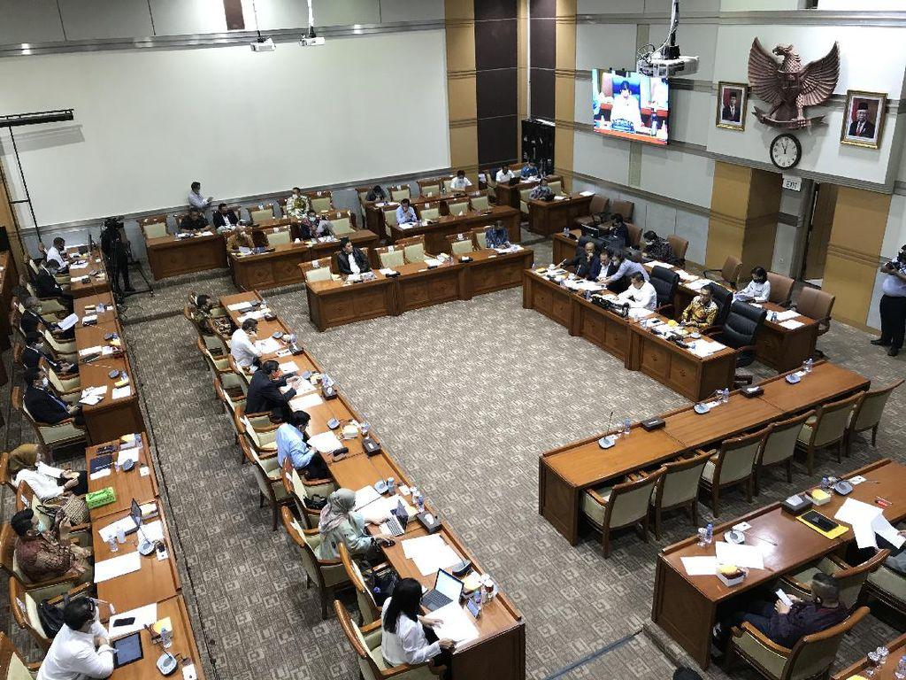 Pemerintah Ingin Batas Usia Hakim-Majelis Kehormatan Dibahas di RUU MK