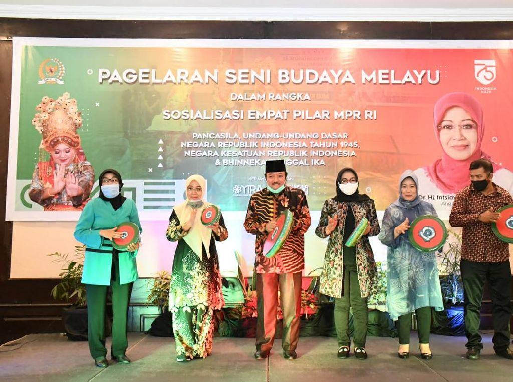MPR Sosialisasi Empat Pilar Lewat Pagelaran Seni Melayu di Pekanbaru