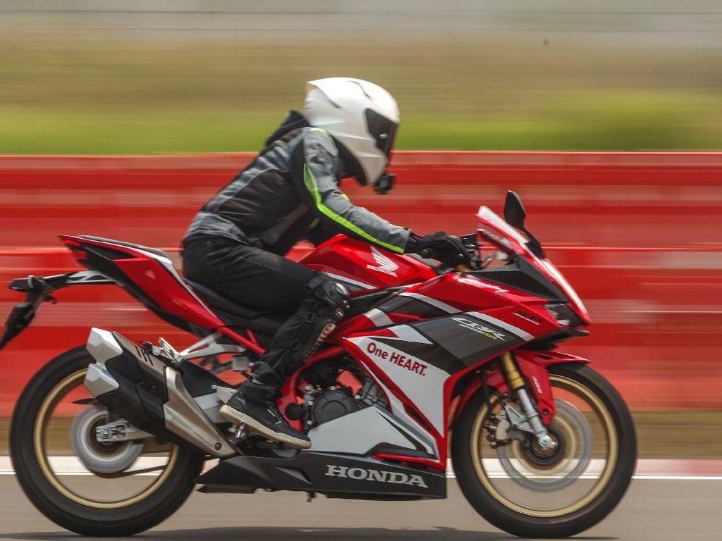 Bedah Cara Kerja Teknologi Quick Shifter di Honda CBR250RR SP