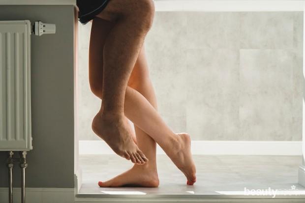 Sama seperti meningkatkan daya tahan tubuh saat lari atau bermain basket, kamu juga perlu melatih tubuh tetap aktif untuk membuat kehidupan seks lebih optimal.