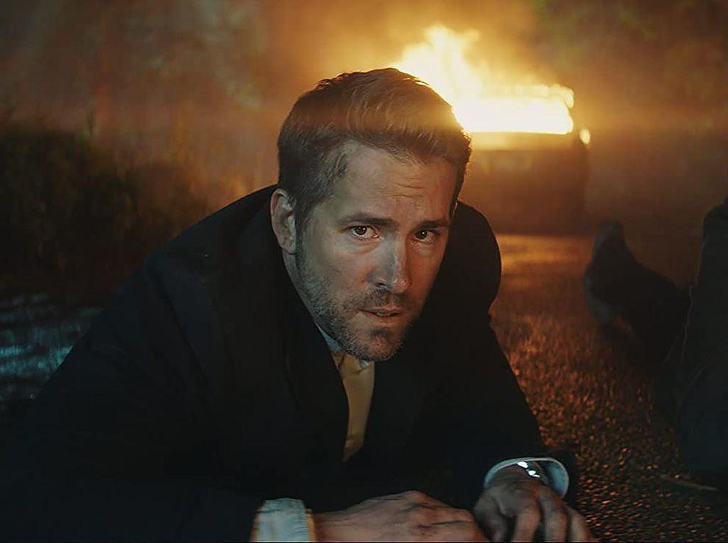 Ryan Reynolds Pakai Stuntman Beraksi di The Hitmans Bodyguard