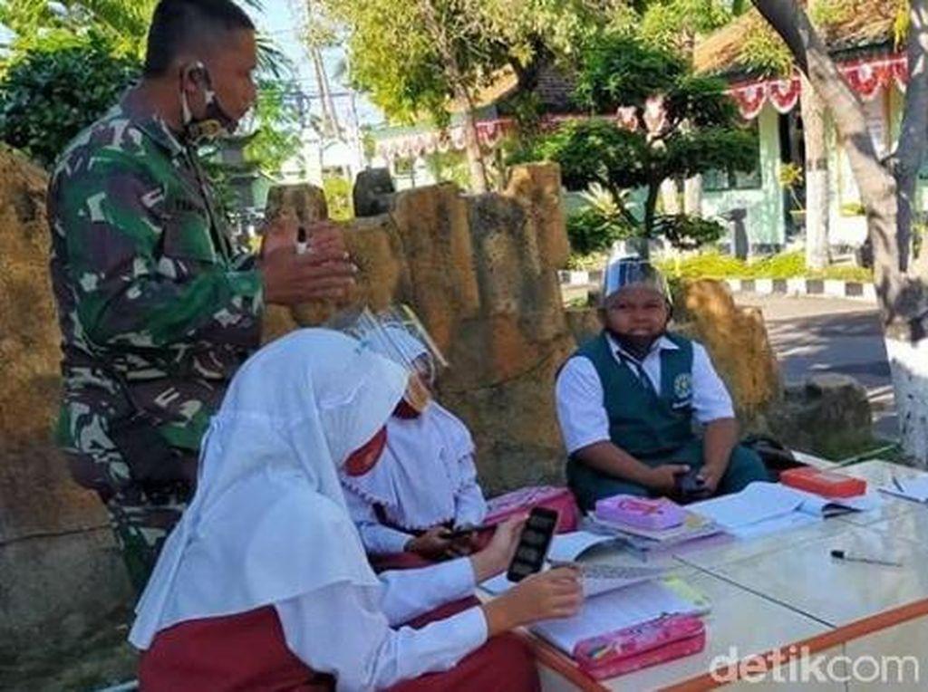 TNI Lamongan Sediakan WiFi Gratis Dukung Belajar Daring