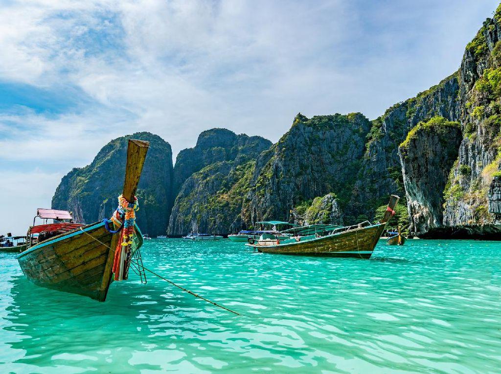 Negara Ini Mulai Sambut Turis China Pekan Ini