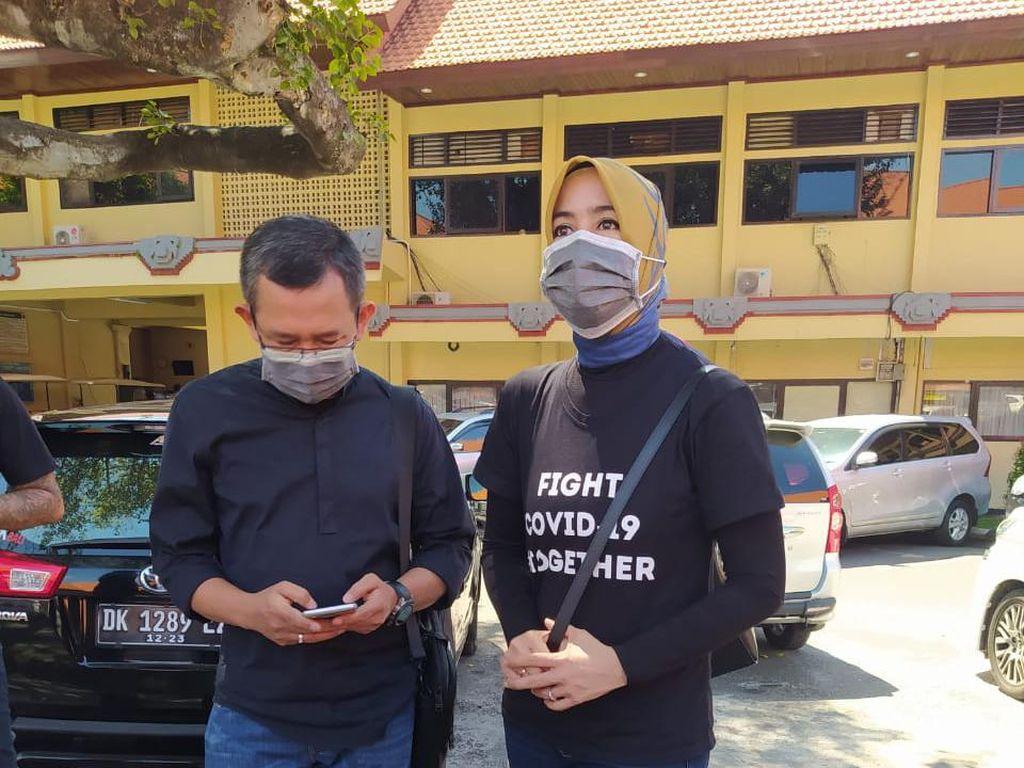Eep Saefulloh Jenguk Jerinx di Polda Bali, Berharap Keadilan Tegak