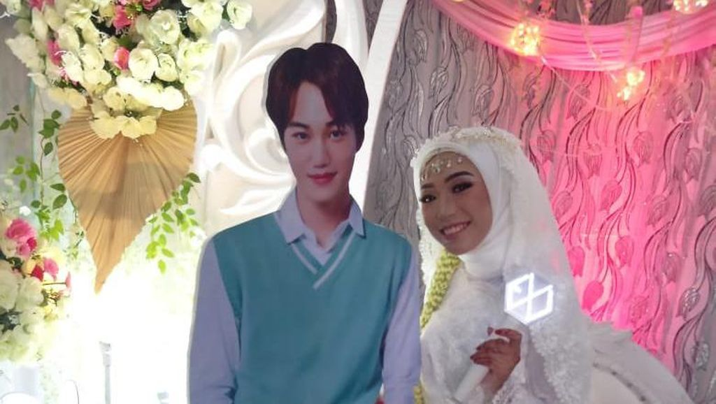 7 Foto Pernikahan Unik Fan Girl K-Pop yang Viral karena Serba EXO