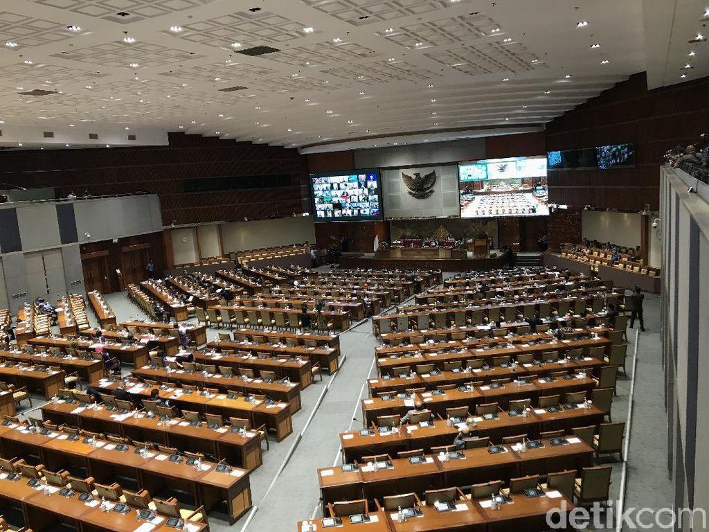 303 Anggota DPR Hadir Fisik-Virtual Paripurna soal RAPBN
