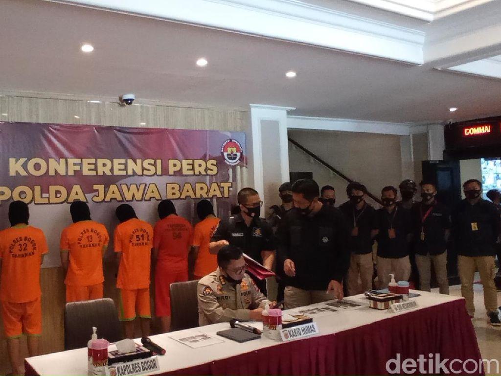 Polisi Dalami Ada Tidaknya Otak dari Aksi Teror Molotov ke Markas PDIP