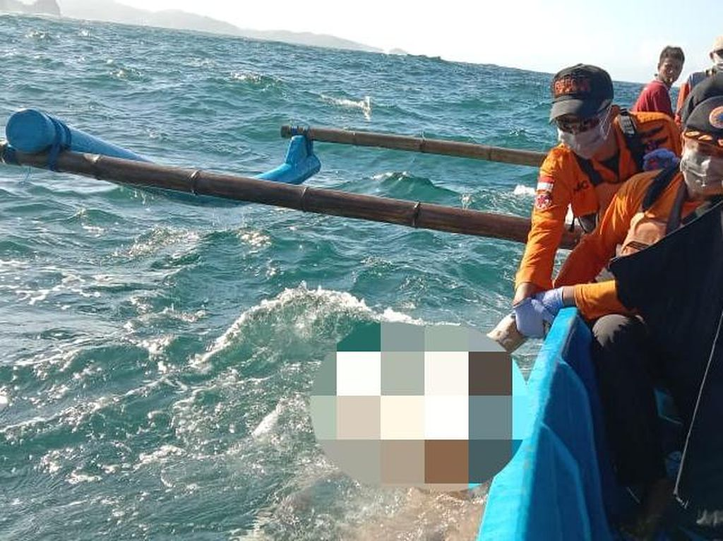 Terjatuh Saat Mancing, Warga Blitar Ditemukan Tewas di Pantai Keben Tebing