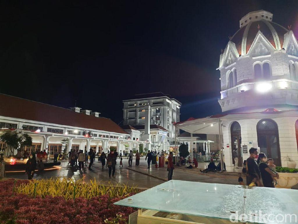Pemkot Bakal Gelar Pertunjukan Seni di Alun-alun Suroboyo, Begini Konsepnya