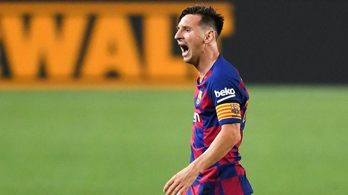 BARCELONA, SPAIN - JUNE 30: Lionel Messi of FC Barcelona reacts during the Liga match between FC Barcelona and Club Atletico de Madrid at Camp Nou on June 30, 2020 in Barcelona, Spain. (Photo by David Ramos/Getty Images)