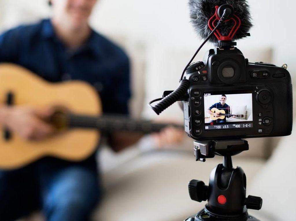 Agar Tak Langgar Aturan, Ini Langkah Bikin Video Cover Lagu yang Baik