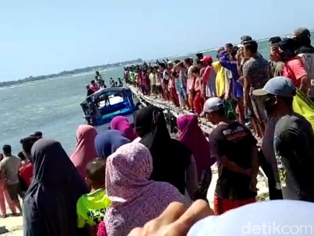 Perahu Terbalik Dihantam Gelombang di Perairan Sumenep, 1 Tewas 2 Hilang