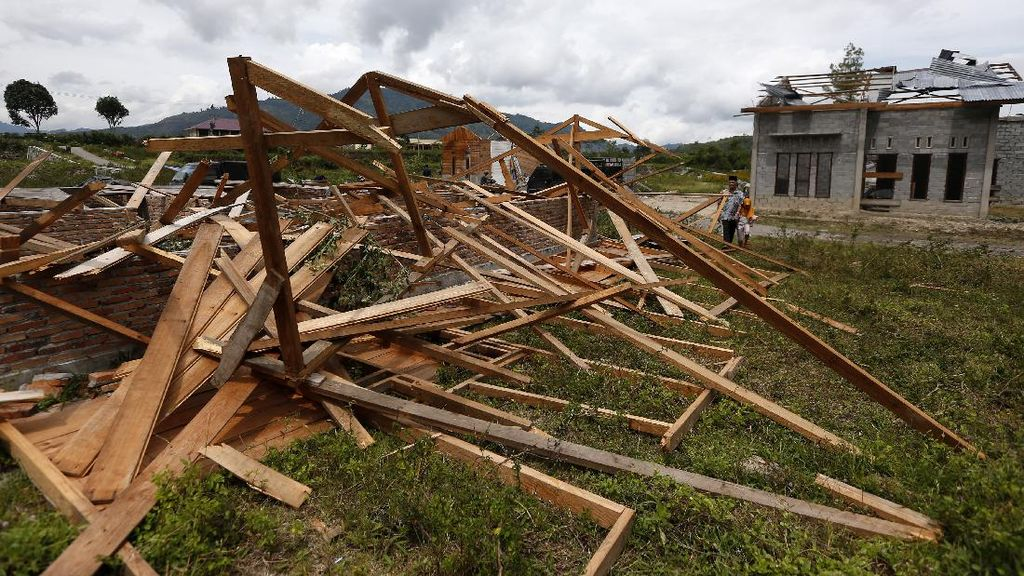 Puluhan Rumah di Aceh Rusak Diterjang Angin Puting Beliung