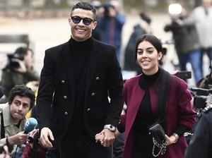 Cristiano Ronaldo Sudah Lamar Georgina Nih?