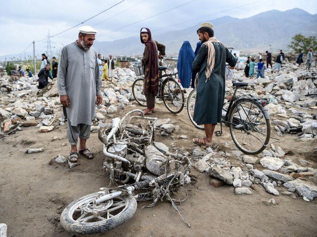 Korban Tewas Akibat Banjir Bandang di Afghanistan Jadi 100 Orang