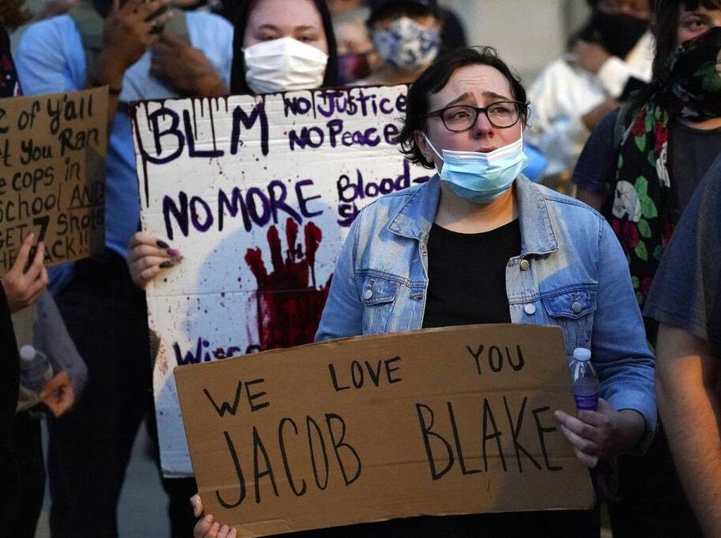 Kecam Rasisme, Ribuan Orang Berkumpul di Washington DC