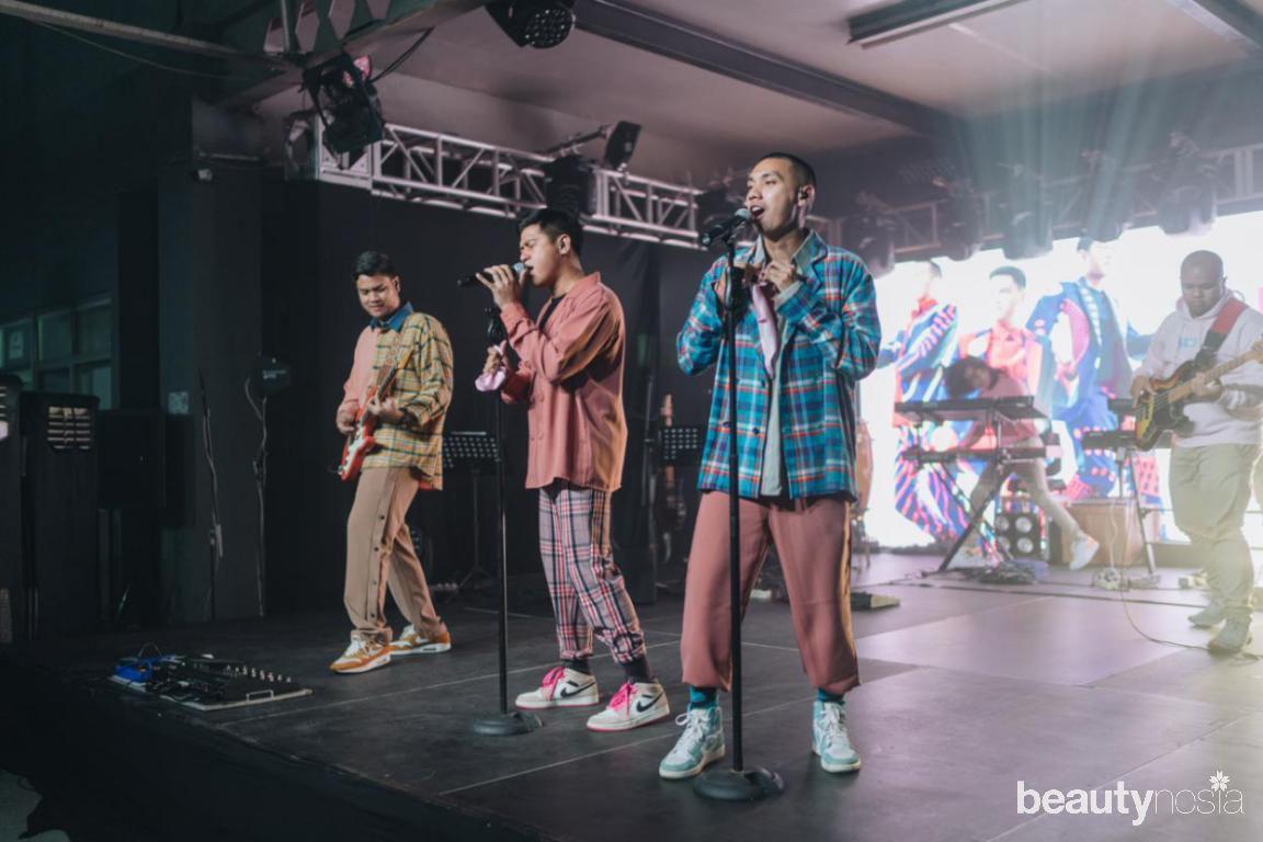 #EkspresiCaraBaru Live Concert PINKBERRY bersama ran, rizky febian, jovi adhiguna, dan michimomo