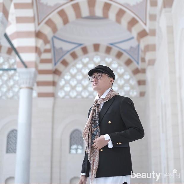 Barli Asmara sudah hampir 20 tahun berkarier di dunia fashion.
