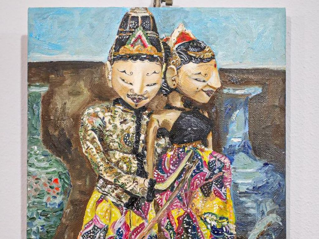 Lukisan Wayang Dipamerkan di Galeri Seni Rusia