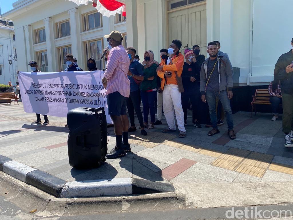 Mahasiswa Papua di Bandung Minta Dilibatkan Bahas Otsus Jilid II