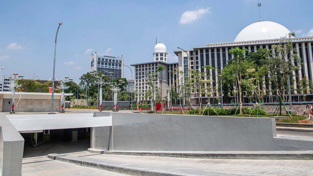 Suasana halaman Masjid Istiqlal Jakarta, Kamis (27/8/2020). Renovasi Masjid Istiqlal telah rampung 100 persen. ANTARA FOTO/Nova Wahyudi/nz