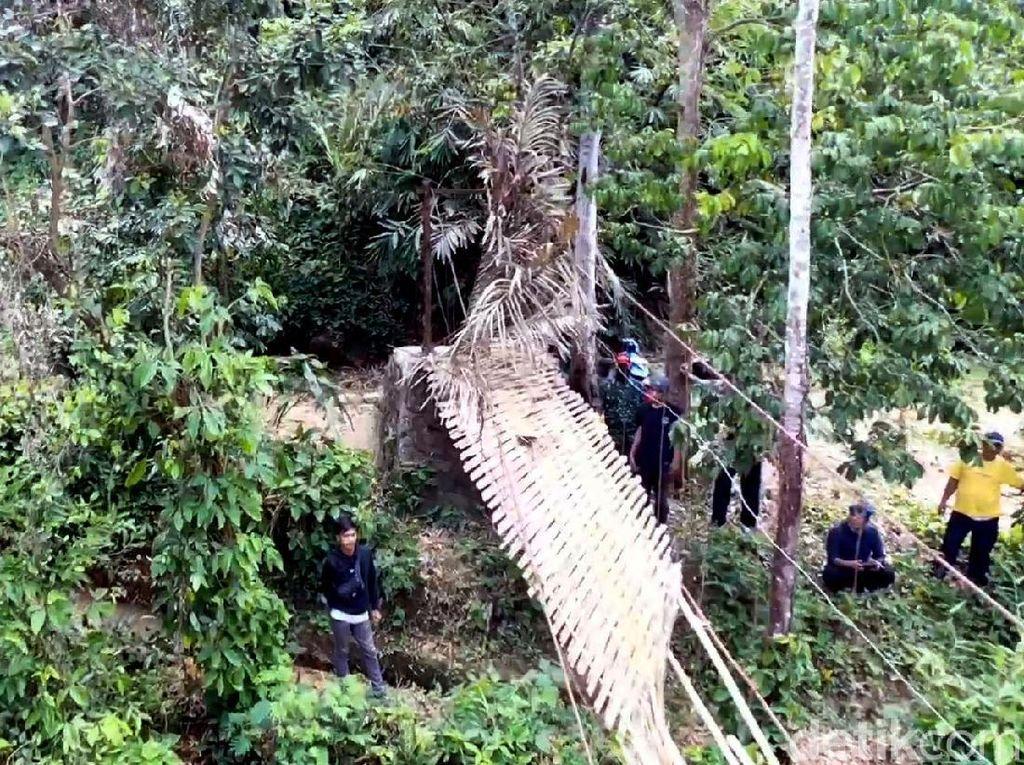 Korban Jembatan Putus Sukabumi Keluhkan Ongkos Transportasi untuk Berobat