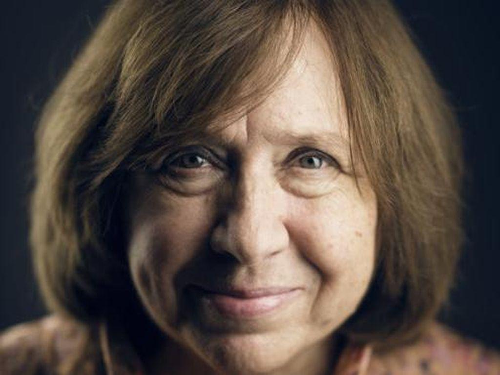 Peraih Nobel Sastra 2015 Dituduh Lawan Pemerintah Belarusia