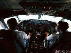 Pandemi Corona yang Kurangi Jam Terbang Pilot