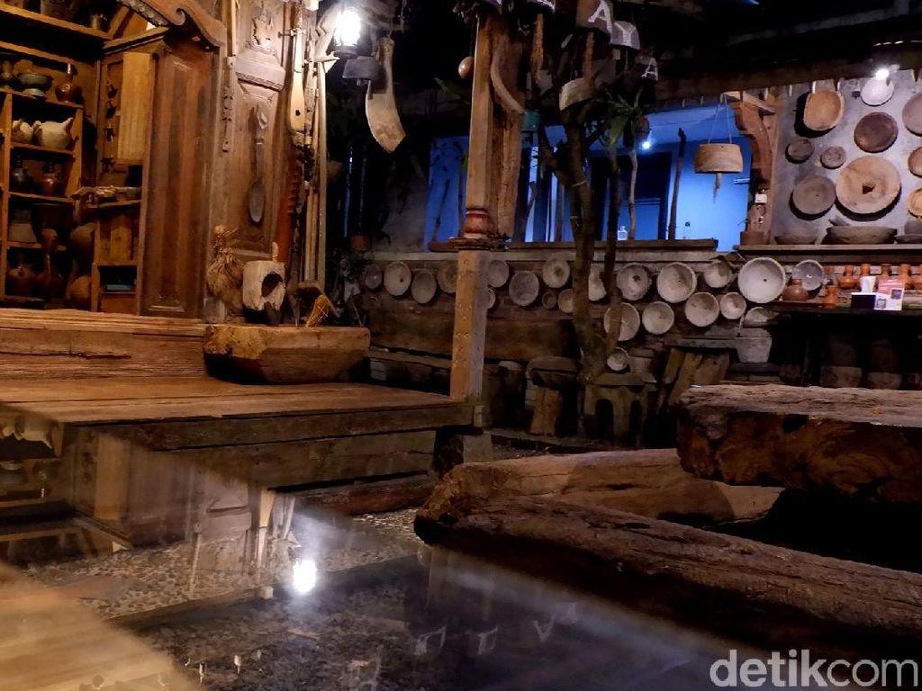 Rumah Budaya Rasa Yogya Ini Ada di Bandung Lho