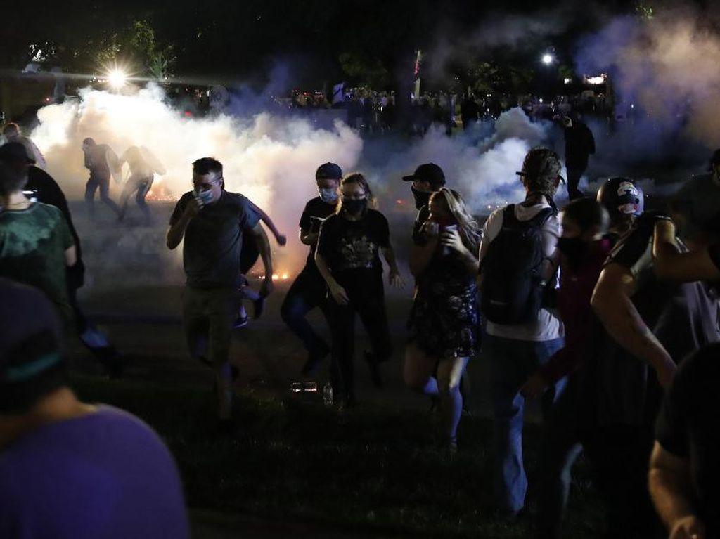 Korban Tewas Tertembak dalam Bentrok Protes Kasus Jacob Blake Jadi 2 Orang
