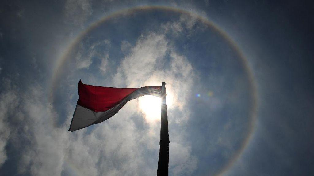 Begini Penampakan Fenomena Halo Matahari di Jambi