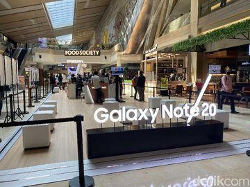 Suasana Penjualan Galaxy Note 20 Offline di Tengah Pandemi