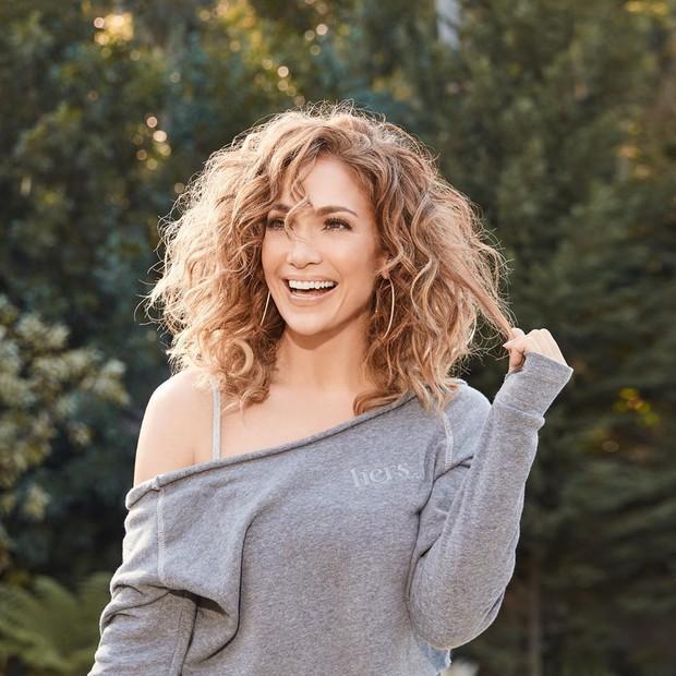 JLo Beauty, brand kecantikan milik Jennifer Lopez, kan menghadirkan berbagai produk makeup dan skincare.