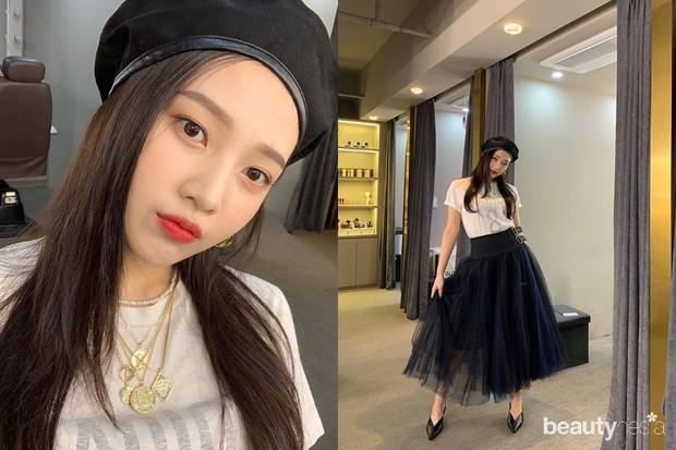 inspirasi gaya OOTD Joy Red Velvet