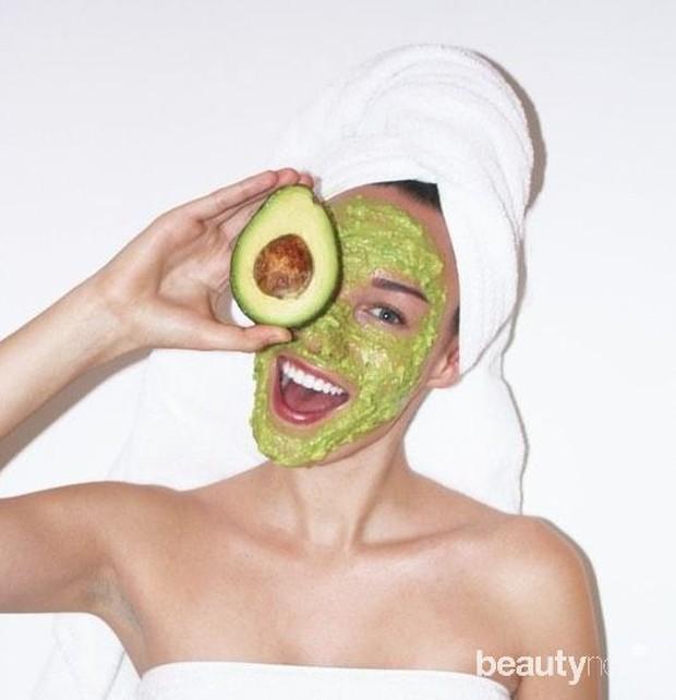 Masker alpukat untuk kulit kering