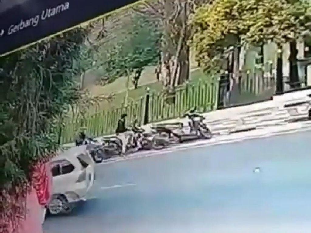 Viral Video Pria Curi Motor di Seberang Istana Kepresidenan Cipanas
