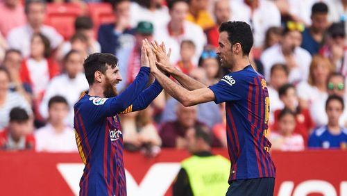 Lionel Messi dan Para Anggota One Man One Club