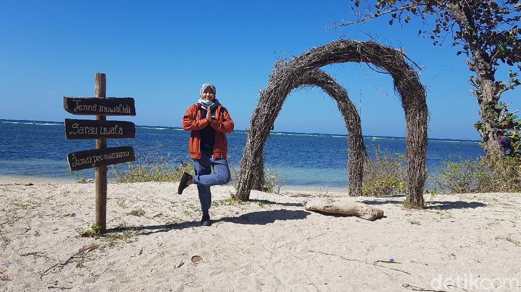 Pantai Labuang yang Bikin Adem Hati dan Segar Mata