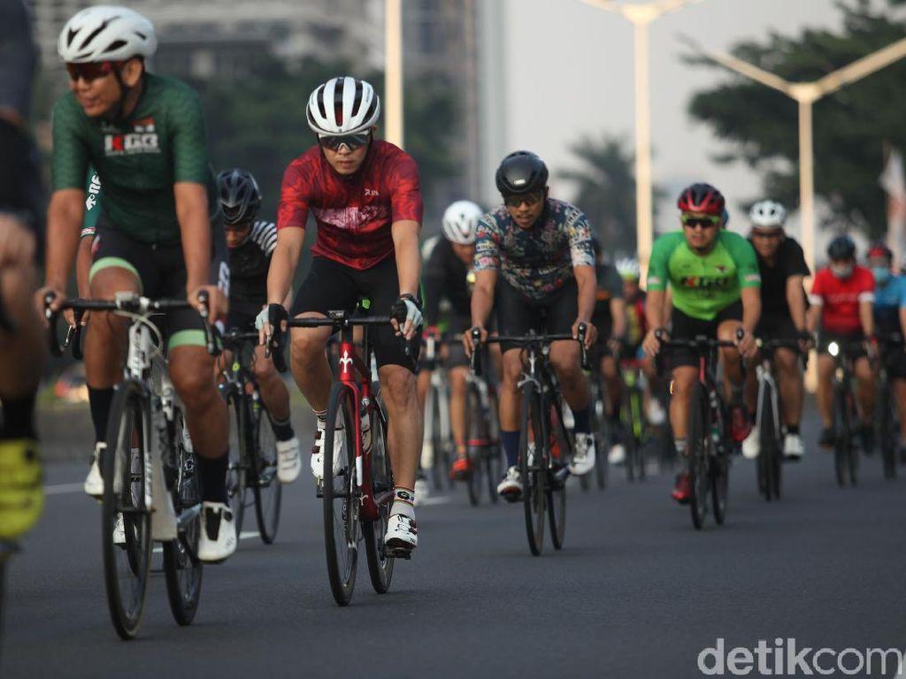 Gak Perlu jalan Tol, Ini Tips Waktu Bersepeda yang Aman