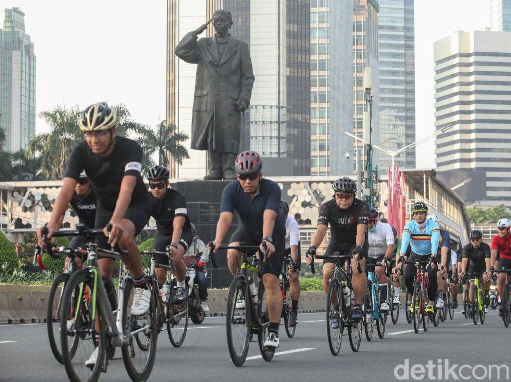 Road Bike di DKI Minta Dispensasi Gowes di Luar Jalur Sepeda, Setuju?