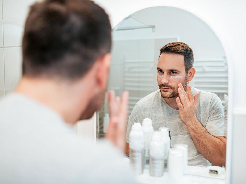 Tren Skincare untuk Pria, Ini alasannya Pria Juga Perlu Merawat Wajah