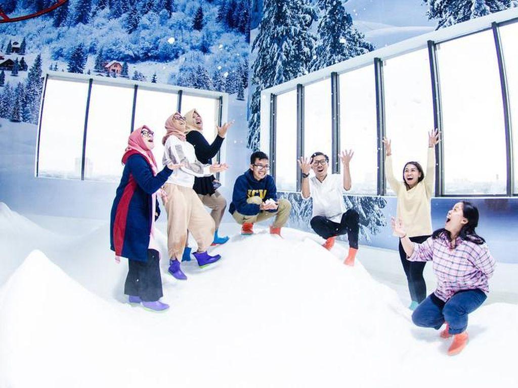 Main Salju Ternyata Baik untuk Kesehatan Lho, Yuk Cobain di Bekasi