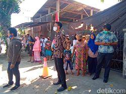 Presiden Jokowi Ziarah ke Makam Orang Tua di Karanganyar
