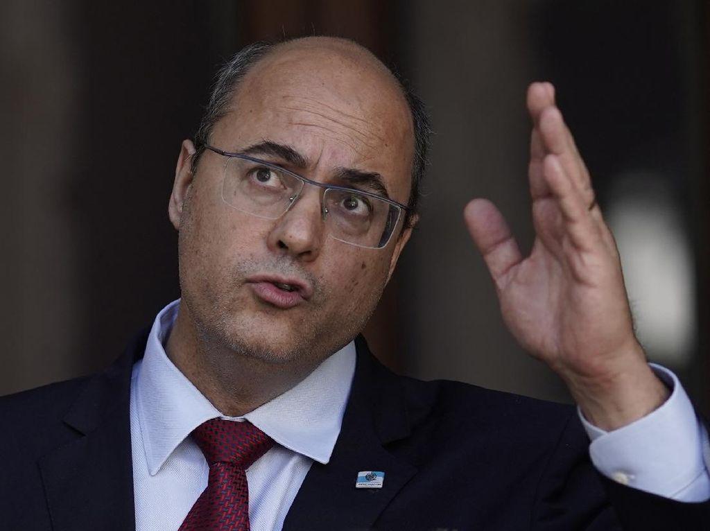 Dituduh Korupsi Dana Corona, Gubernur Rio de Janeiro Dicopot