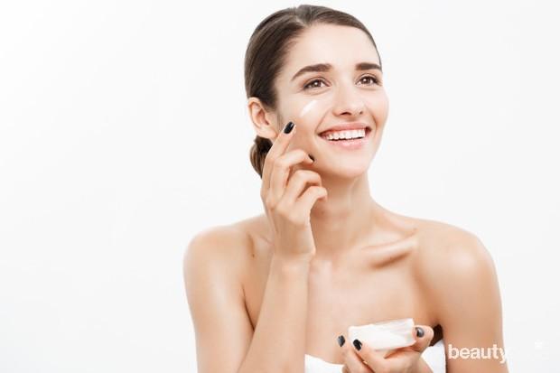 kulit sensitif sebaiknya menggunakan produk dengan bahan seperti glycerin, hyaluronic acid, dan shea butter yang melembapkan
