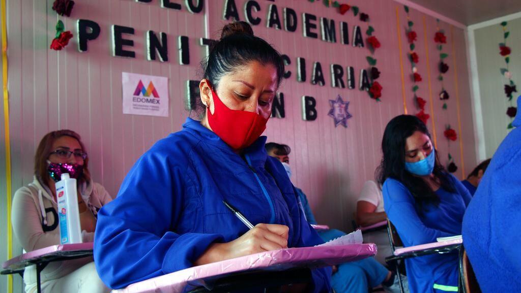 Semangat Napi Perempuan di Meksiko Menimba Ilmu dari Balik Jeruji