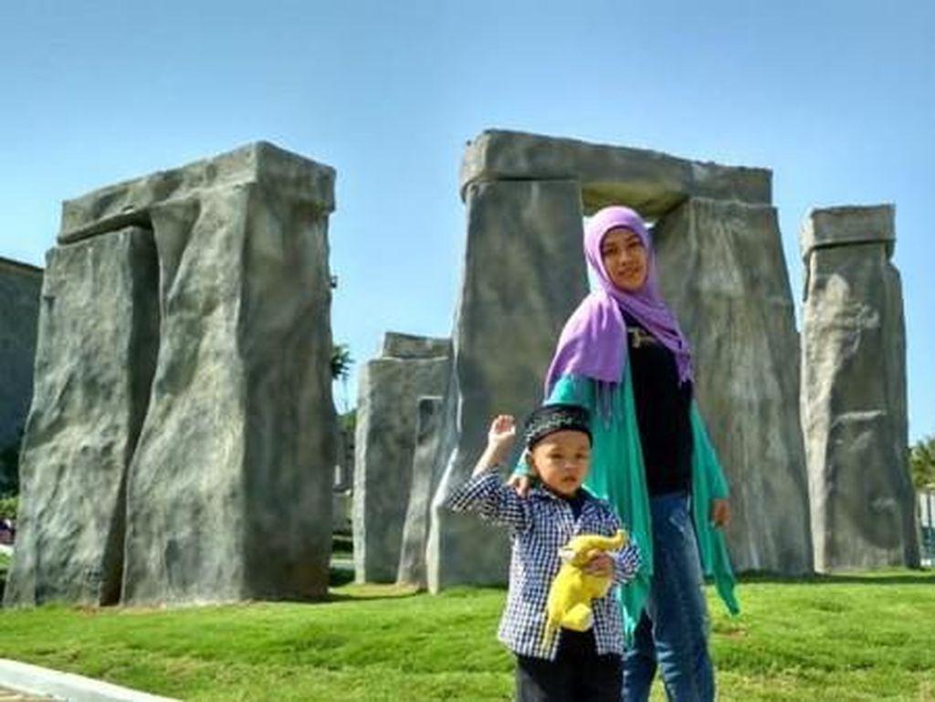 Bukan Inggris, Ini Stonehenge Semarang