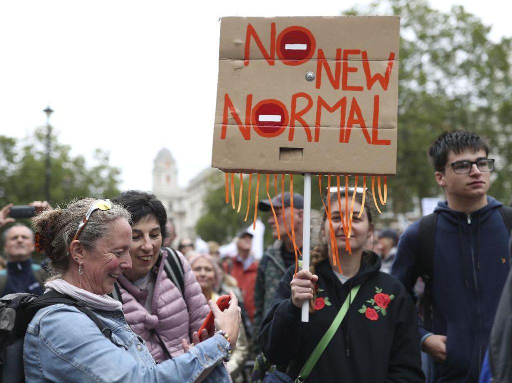 Ribuan Orang di London Demo Anti Vaksin dan Lockdown COVID-19