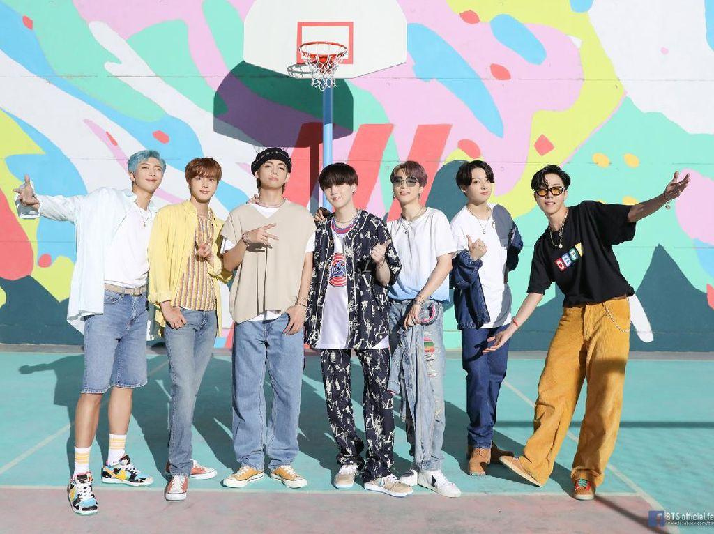 #BTSVMAS! BTS Menang 4 Kategori MTV VMA, Cek Penampilannya di Sini