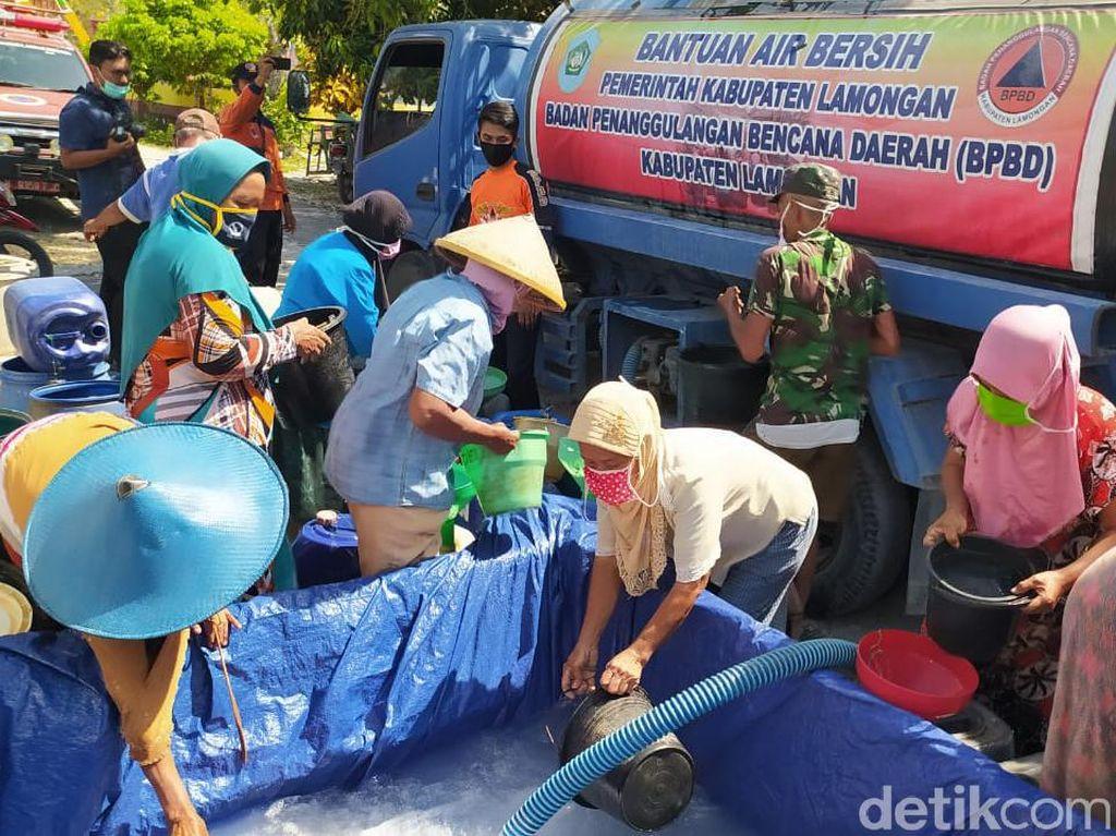 Dua Desa di Lamongan Kekeringan, BPBD Dropping Air Bersih
